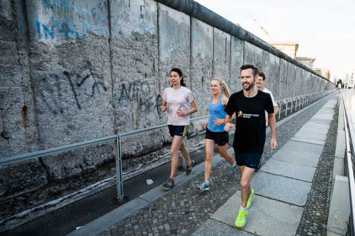 Running tour of the Berlin wall - 10 km